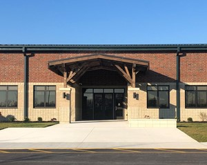 Picture of the front of New Bremen Elementary School